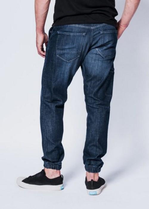 Гибрид джинсов и спортивных штанов от Dish & DU/ER
