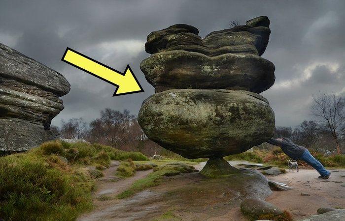Памятник пережил динозавров и войны, но не группу малолетних вандалов.