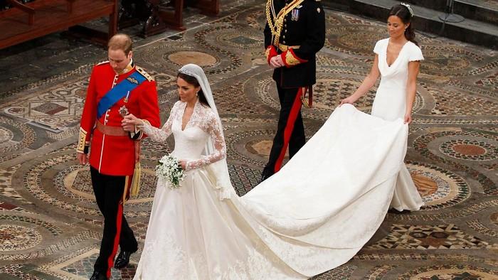 Одно из самых дорогих платьев в современной истории.