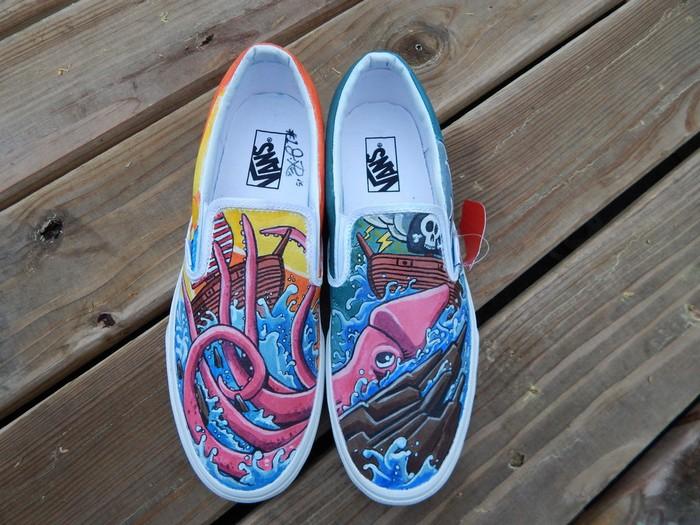 дизайнерские кеды Vans, раскрашенные акриловыми красками