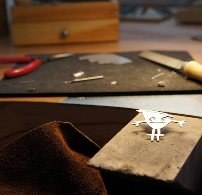 Каждое украшение изготавливается по особой технологии.