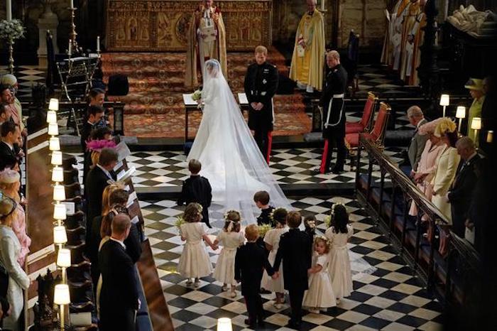 И на королевских свадьбах случаются конфузы.