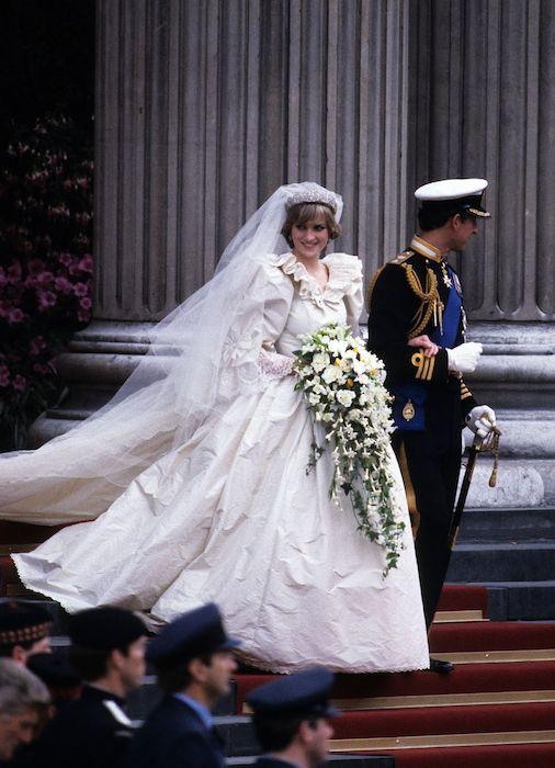 Мятое платье принцессы.