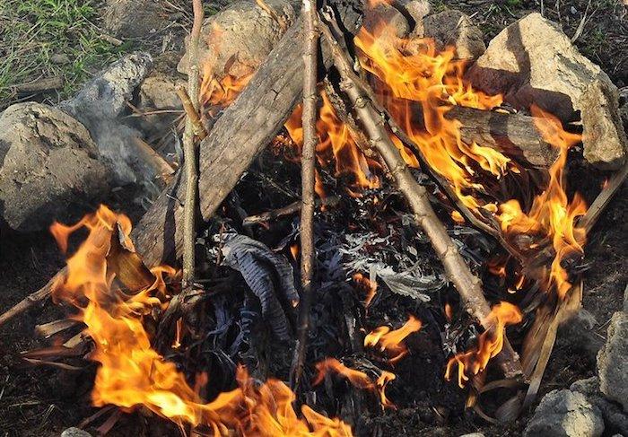 Разжечь костёр – это только половина дела.