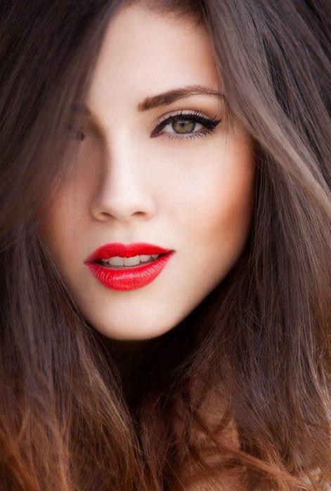 Классический красный – любимый цвет кинодив прошлого