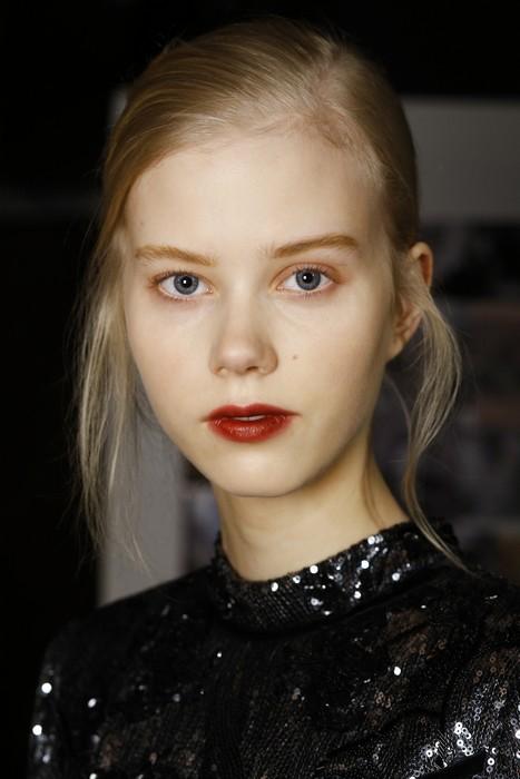 6 главных бьюти-трендов Недели моды в Лондоне:  Erdem