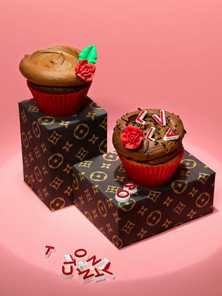 Обычные кексы на службе моды: Louis Vuitton