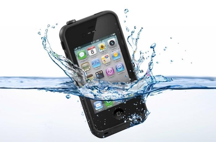 5 бюджетных способов, как сделать телефон водонепроницаемым