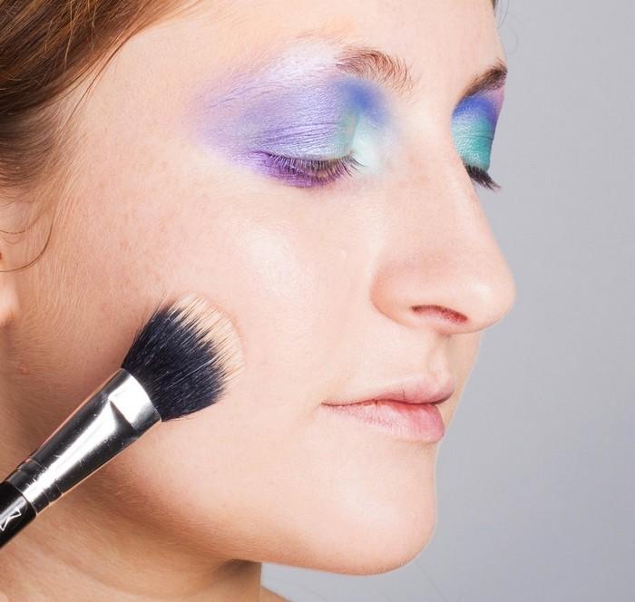 Какой макияж без хайлайтера? Тем более, русалочий?