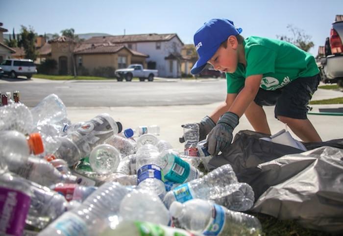 Собирать мусор – полезно и прибыльно.