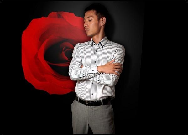 ТОП-10 самых (не) оригинальных подарков на 23 февраля: рубашка с ароматом розы и ментола