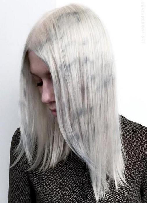Серый «мрамор» тоже красив.