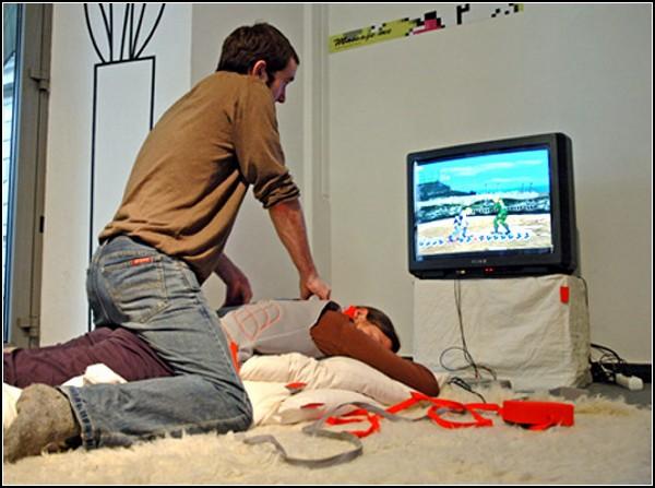 Самый необычный геймпад и массажер для спины по совместительству