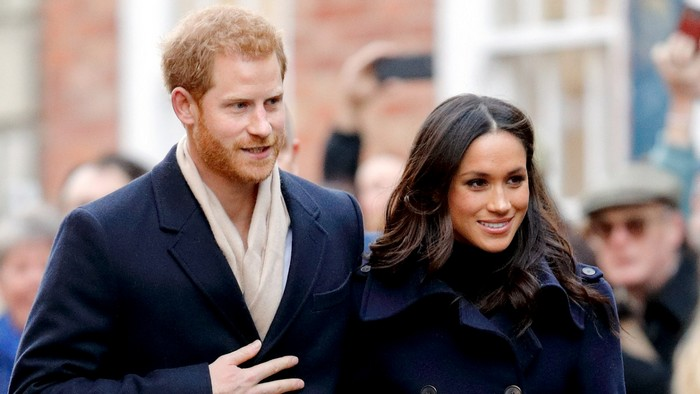 После помолвки с принцем Гарри журналисты хотят знать о Меган Маркл буквально всё.