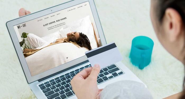 От покупки онлайн эксперты советуют и вовсе отказаться.