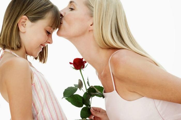 Что сделать маме приятное