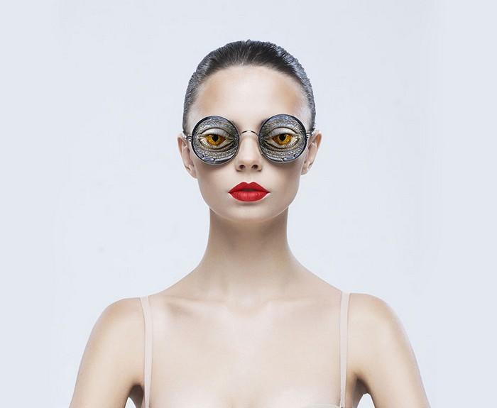 Фантастическая коллекция очков с «чужими глазами» от  Джона Муллюра (Jyo John Mulloor)