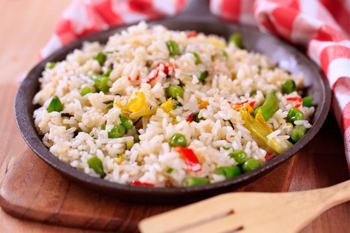 Нельзя разогревать в микроволновке: рис.