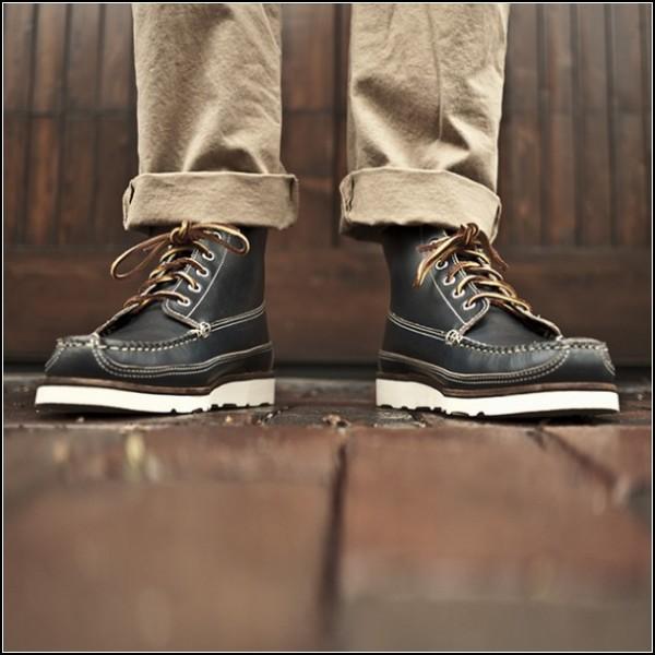 Стильные мужские туфли со сменными подошвами изготовлены вручную