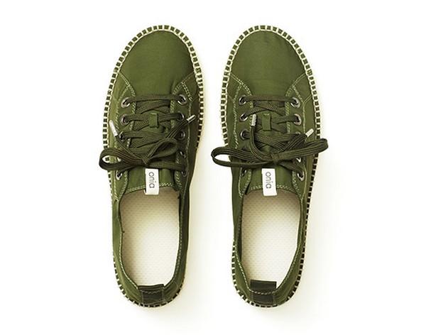 Пляжные туфли Montrose, которые совсем не боятся воды