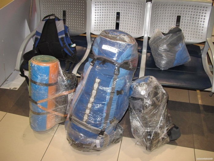 И не забудем о клетчатых сумках!