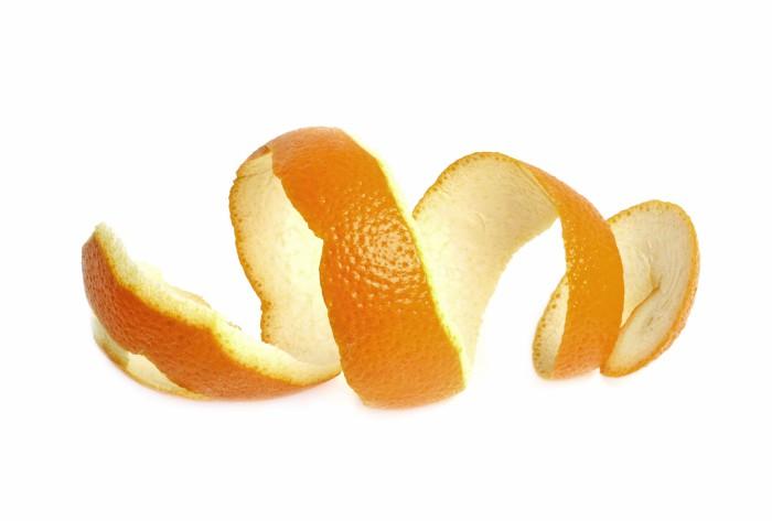Как быстро почистить апельсин и не запачкаться