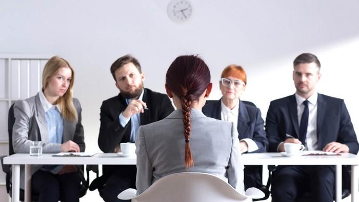 Увы, работодатели тоже оценивают внешность.