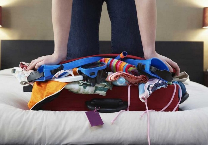 Маленький чемодан и гора вещей – извечная проблема любого путешественника.