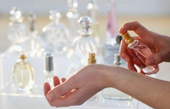 Как продлить стойкость любого парфюма.