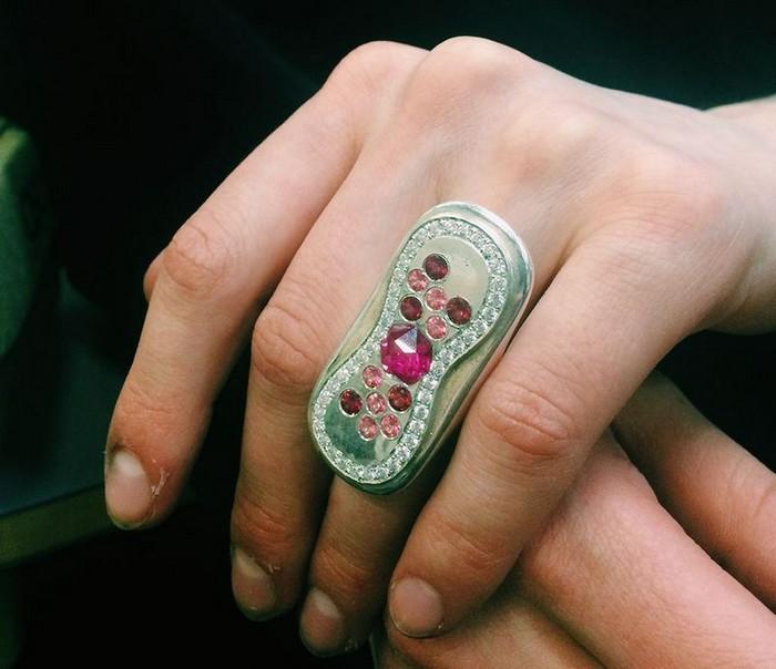 Вам не кажется: это кольцо действительно похоже на прокладку