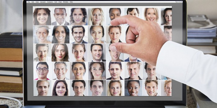 Учёные рассказали, как выбрать идеальное фото для соцсетей