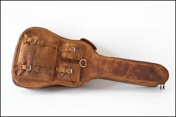 Раньше Whipping Post Leather специализировались исключительно на гитарных чехлах