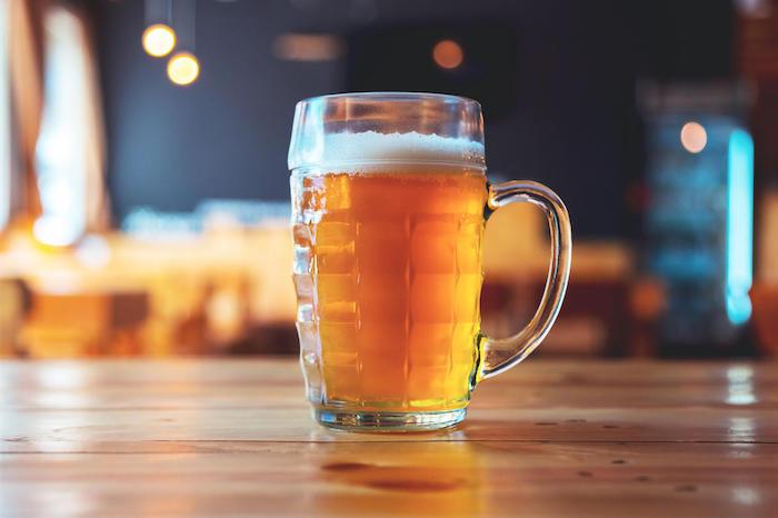 Тёплое пиво – деньги на ветер.