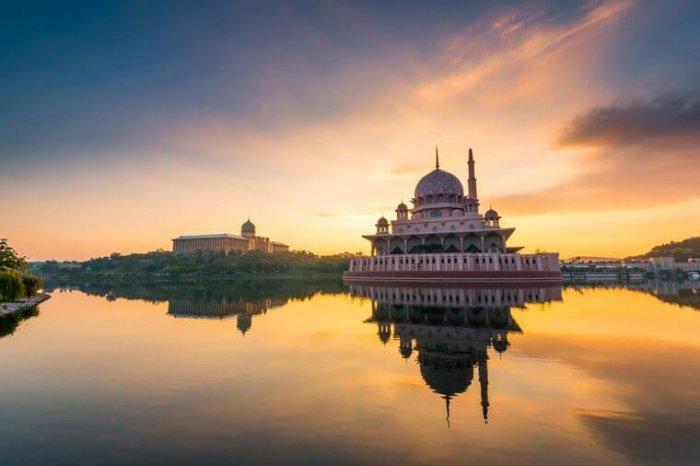 ТОП-10 популярных городов 2017:Куала-Лумпур.