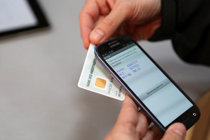 7 советов, как защитить свою банковскую карту от мошенников