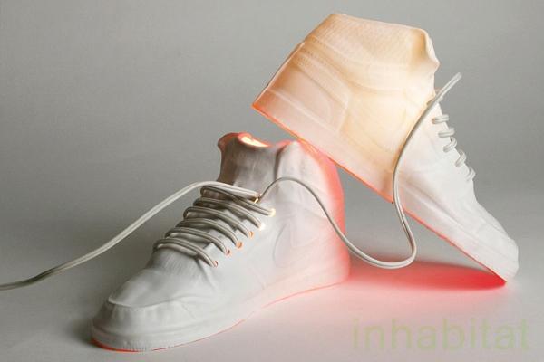 Креативные лампы «Sneaks» в виде кроссовок Nike
