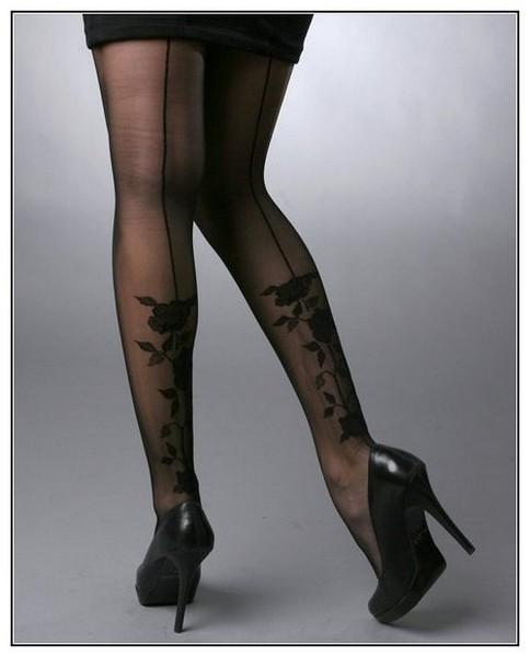 Необычные татуировки: ретро мотивы от Christian Audigier