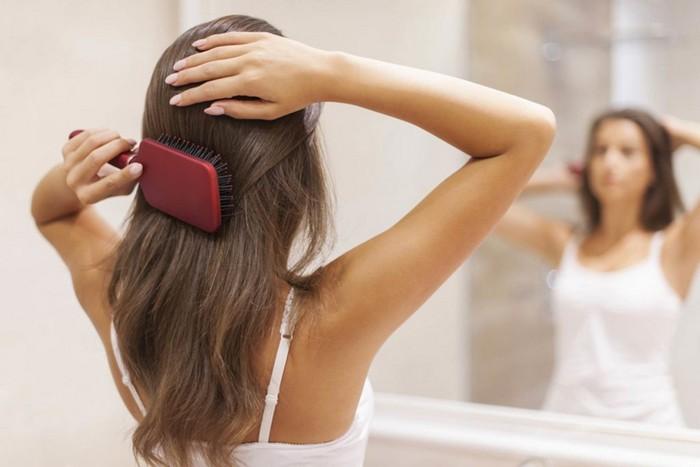 Хорошая расчёска решает многие проблемы волос