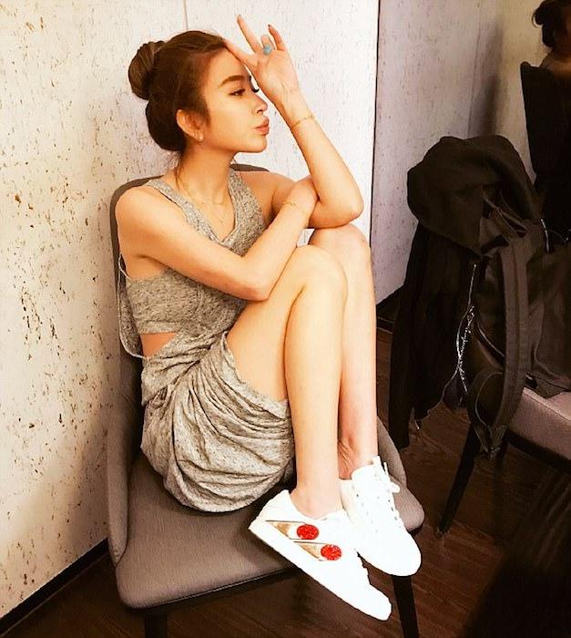 Шерон – известная в Тайване модель.