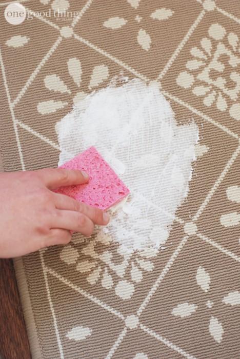 10 полезных способов использовать пену для бритья не по назначению