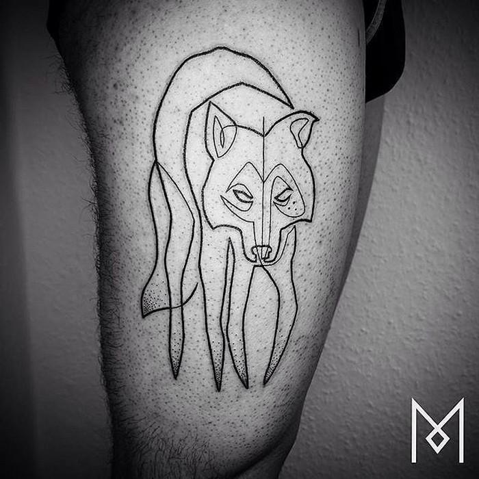 Простые татуировки Mo Ganji: Мо любит работать с изображениями животных-тотемов