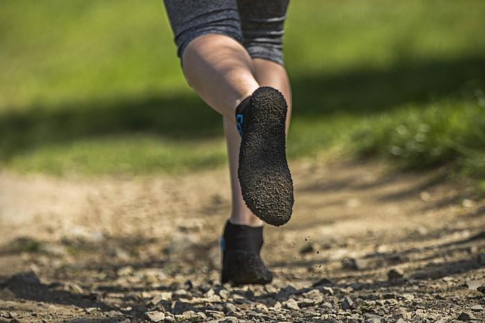 «Кроссоноски» либо «носокроссовки» Skinners  самая комфортная обувь для  спорта « 20ce13c286a