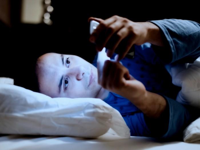 Смартфон – враг здорового сна, от которого никуда не скрыться