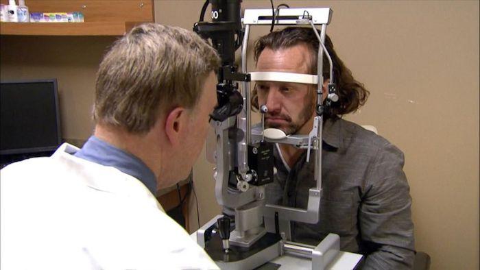 Мужчина решил-таки обратиться к врачу.