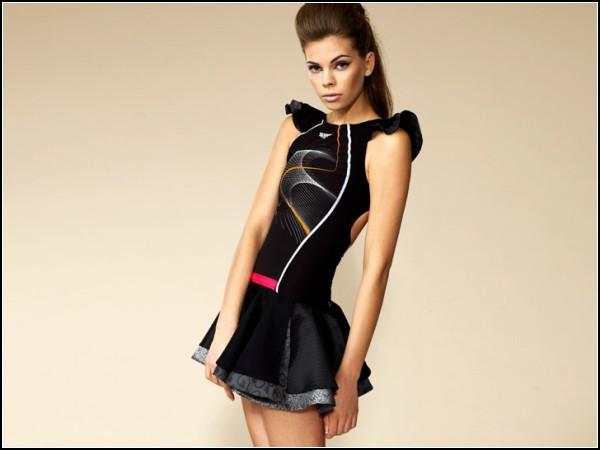 Оригинальное платье-купальник от Speedo