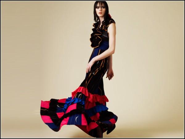 Длинное платье-купальник из «дисквалифицированных» LZR Racer