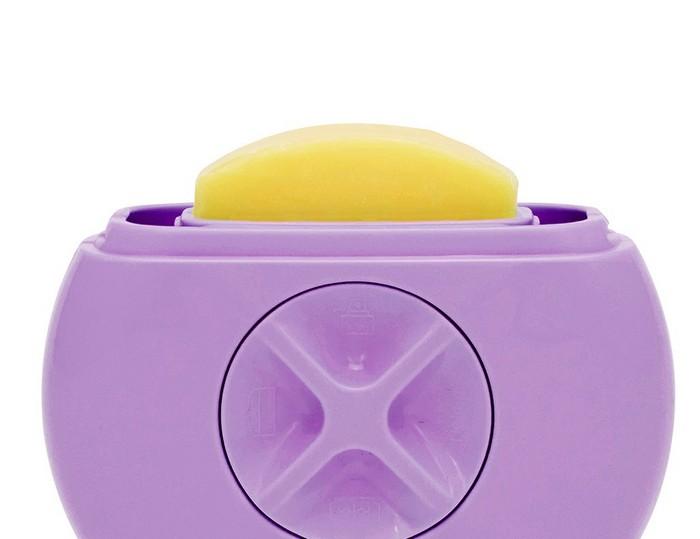 Шаг 2: стик с маслом ши для гладкости кожи и идеального скольжения.