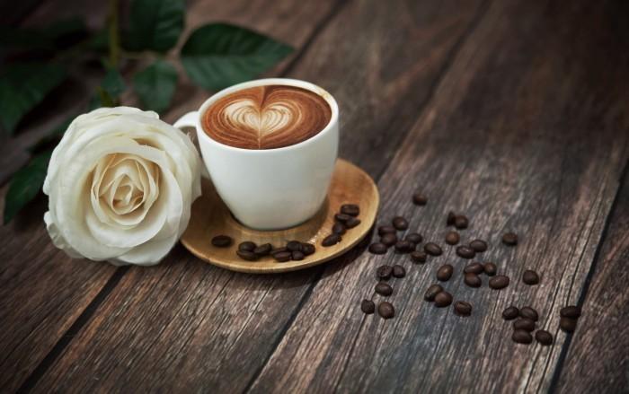 7 сигналов, что вы пьёте слишком много кофе