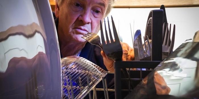 В посудомоечной машине смотрели?