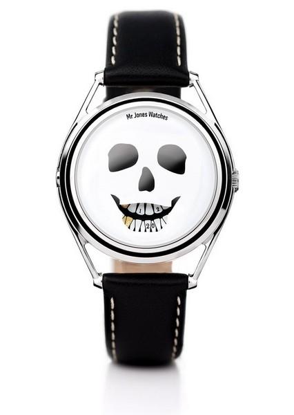 Memento mori с дизайнерскими часами The Last Laugh